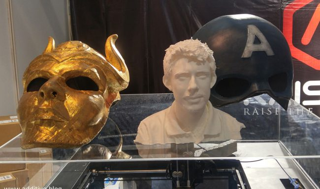 Photo of statues printed on desktop 3D printer